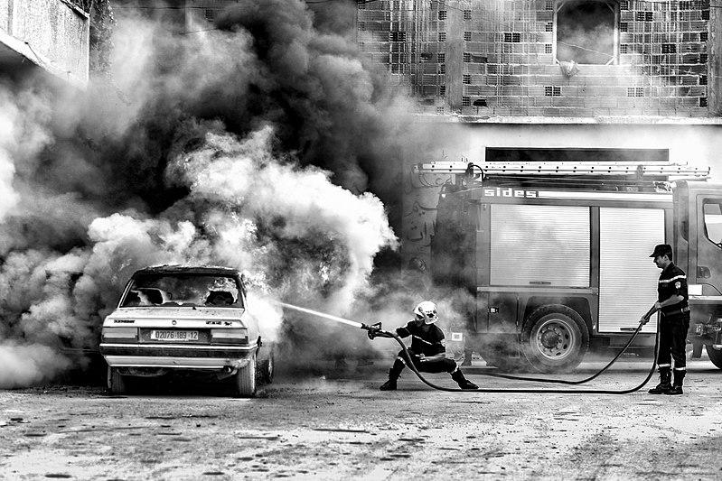 800px-رجل_الإطفاء