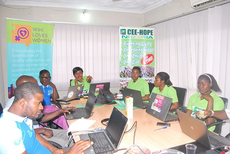 Edit-a-Thon_for_Wiki_Loves_Women_at_CEE-HOPE_Nigeria_02